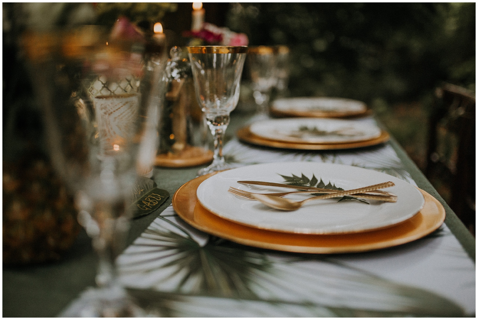 gold and leaves styled wedding