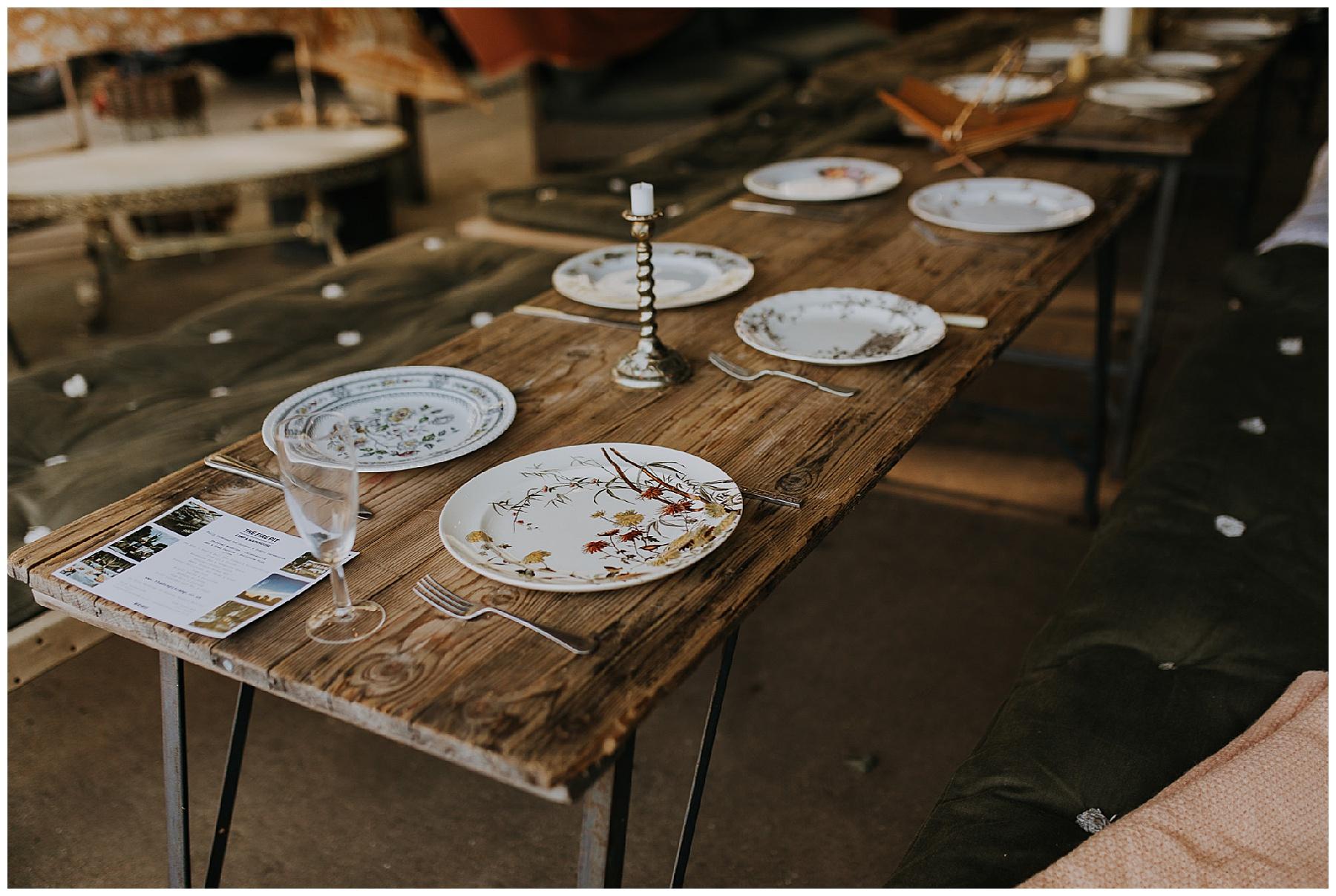 vintage plates used for weddings