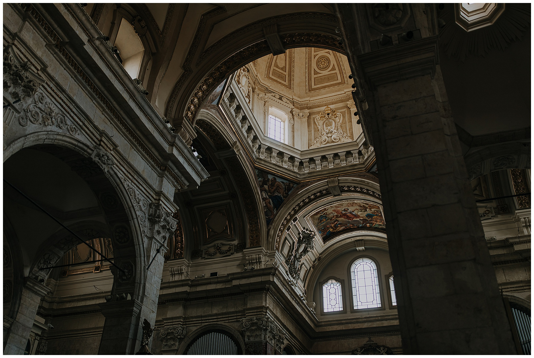 architectural inside of an Italian church